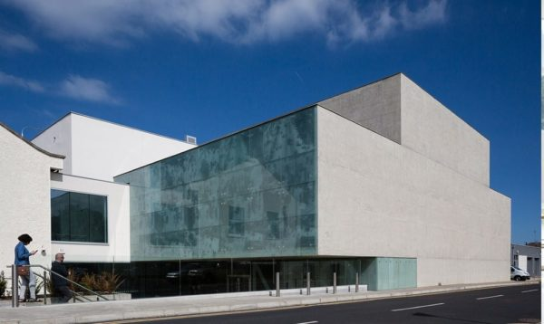 Whichcollege.ie welcomes IADT